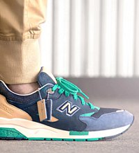 Коллаборации New Balance x Social Status CM1600 «Winter in the Hamptons»